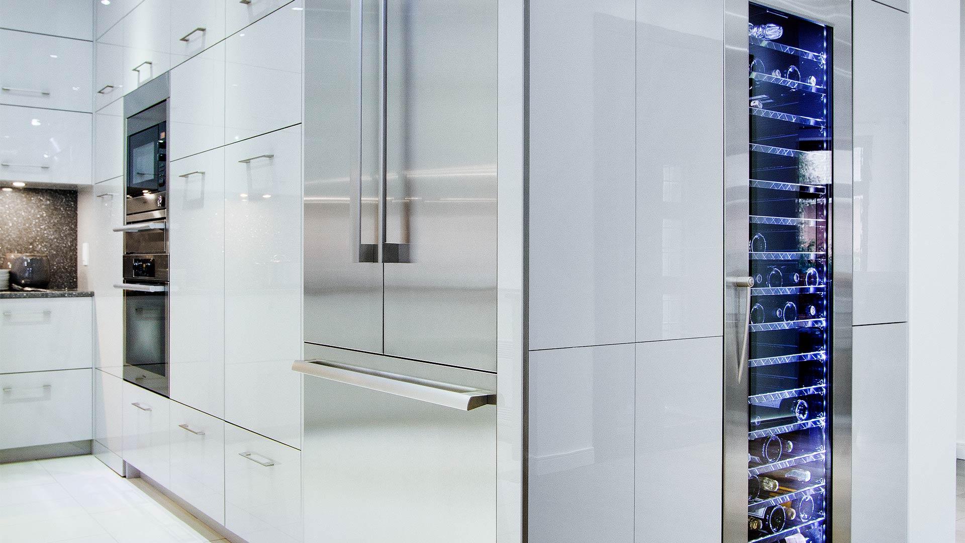 Armoires cabinets bois lamin europ en m lamine mdf for Armoire de cuisine verdun