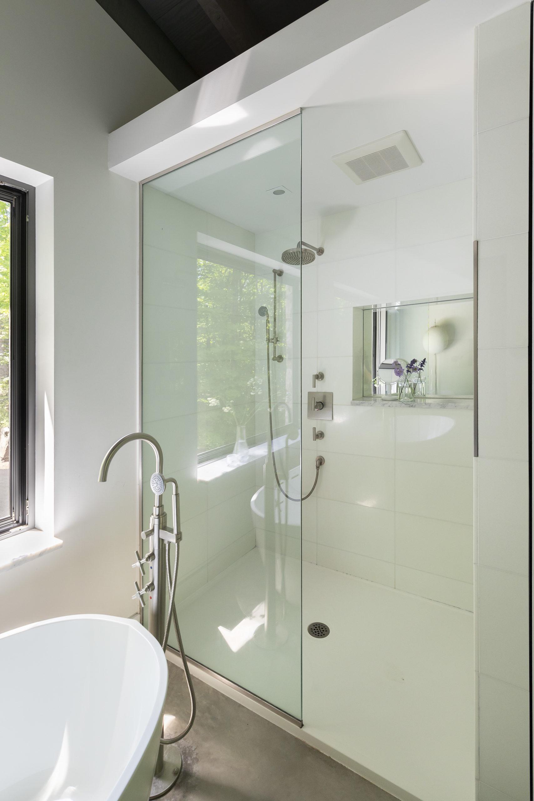 Bathroom Salle De Bain inspirations, projets de rénovation de cuisines et salles de